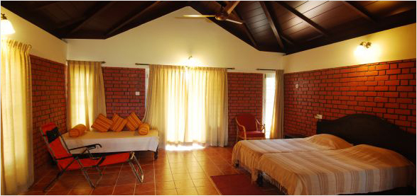 cottage-inner-view_bandipur-resorts_safari-lodge